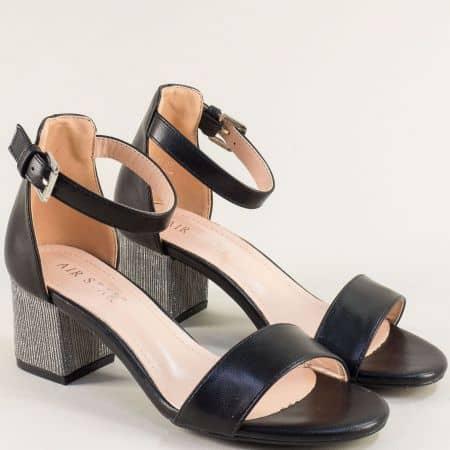 Черни дамски сандали със затворена пета и среден ток- MAT STAR 525102ch