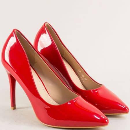 Дамски обувки на елегантен висок ток в червен цвят 525109lchv