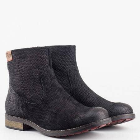 Дамски ежедневни боти от естествен набук в черен цвят S.Oliver 525319zch