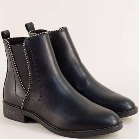Черни дамски боти на нисък ток от естествена кожа- S.Oliver 525331ch