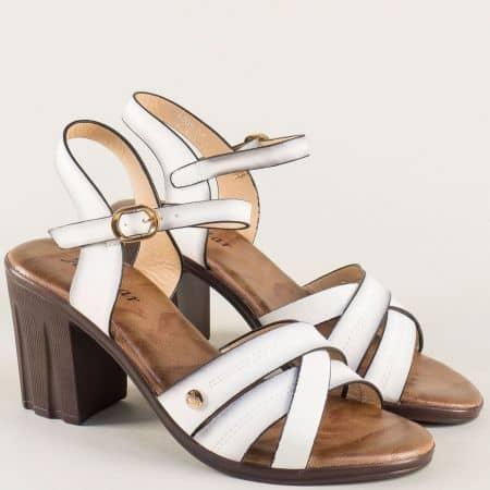 Бели дамски сандали на атрактивен ток 528005b