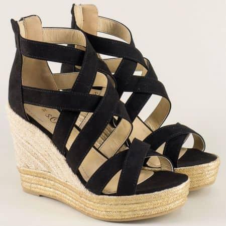 Дамски сандали в черен цвят на ефектна платформа 528311vch