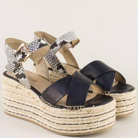 Дамски сандали на висока платформа в черен цвят 528321ch