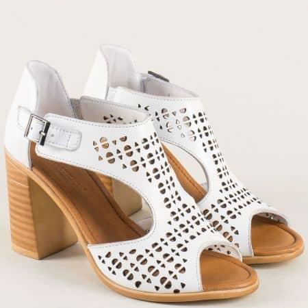 Бели дамски сандали на висок ток 5295b