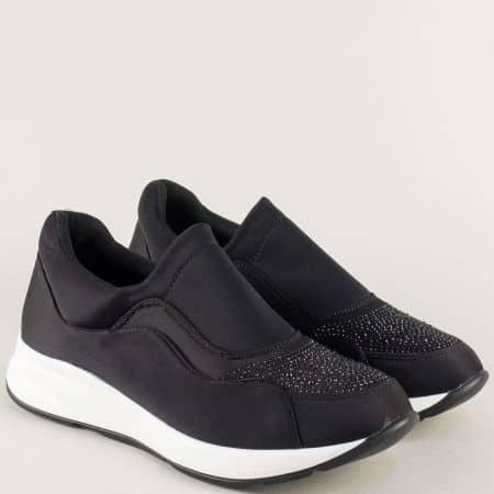 Черни дамски маратонки с камъни на бяло ходило 5299ch
