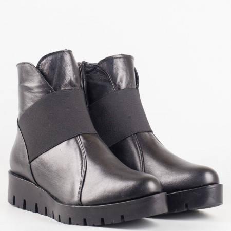 Дамски комфортни боти изработени от висококачествена естествена кожа на български производител в черен цвят 5320947ch