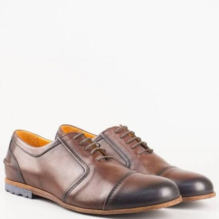 Стилни мъжки обувки с връзки от естествена кожа в кафяв цвят 537k