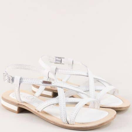 Бели дамски сандали от естествена кожа на равно ходило 5528120b