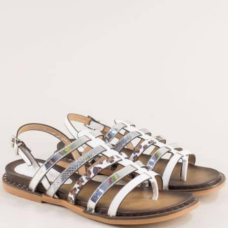 Бели дамски сандали на равно ходило- MAT STAR 558007b