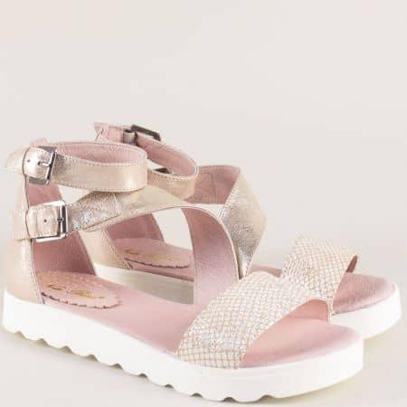Кожени дамски сандали със затворена пета в розов цвят 56051003rz
