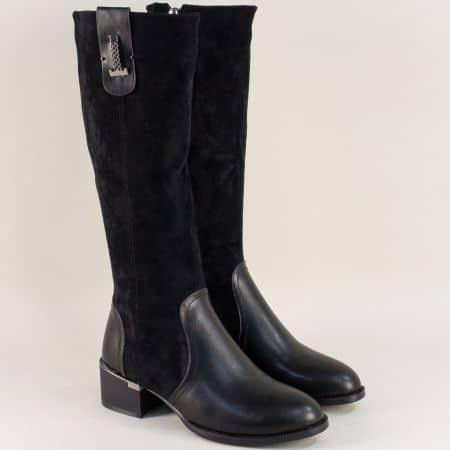 Дамски ботуши в комбинация от еко кожа и велур в черно 58865vch