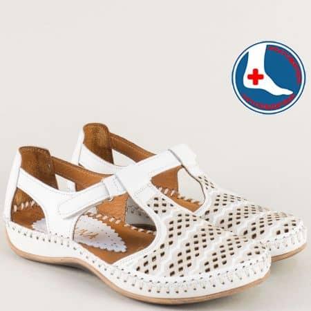 Дамски ортопедични обувки от естествена кожа в бяло 590b