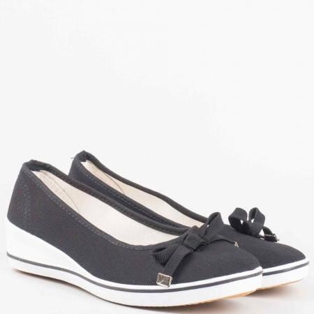 Черни дамски обувки на удобно клин ходило  6006ch
