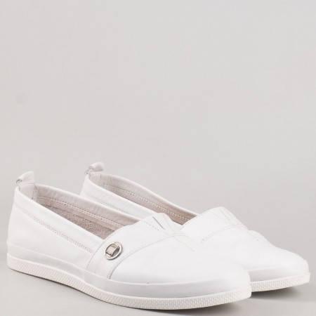 Бели дамски ежедневни обувки от  естествена кожа  600b