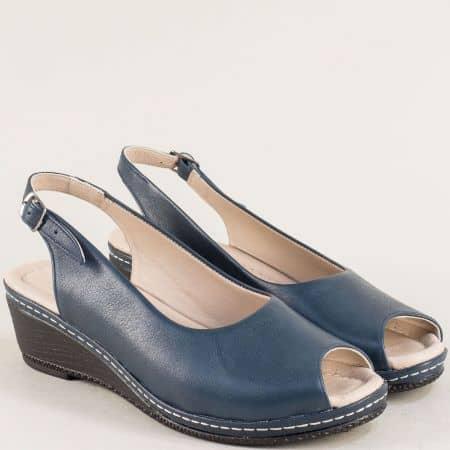 Дамски сандали на клин ходило в тъмно син цвят 6061ts