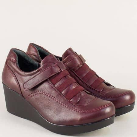 Дамски обувки в бордо на клин ходило с кожена стелка  614bd
