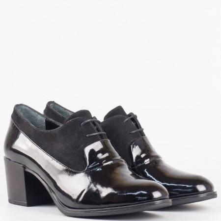 Дамски стилни обувки в комбинация от естествен лак и велур с кожена стелка в черен цвят 6181075nchlch