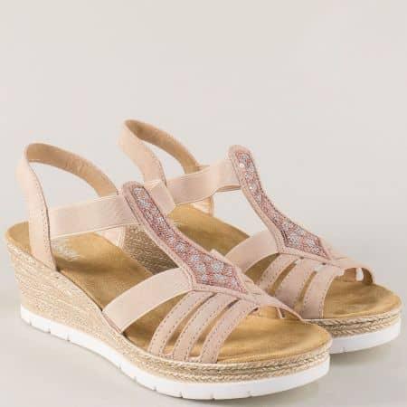 Дамски сандали в бежов цвят на платформа- Rieker 61913bj