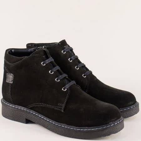 Велурени дамски боти в черен цвят с връзки и цип 624181101vch