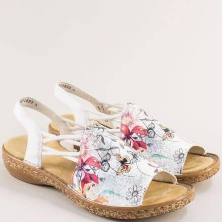 Бели дамски сандали с ластик и пъстър принт- RIEKER 6281bps1