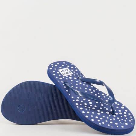 Дамски джапанки между пръстите на комфортно ходило в син и бял цвят 629-40s