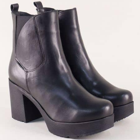 Български дамски боти от естествена кожа в черен цвят 63051036ch