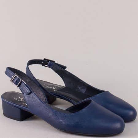 Кожени дамски обувки на нисък ток в син цвят 65013s