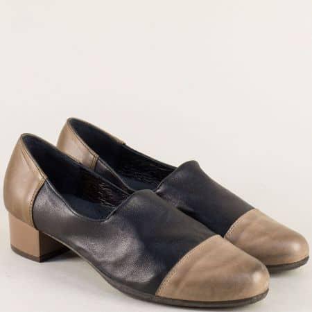 Кожени дамски обувки на нисък ток в кафяво и черно 6501chk