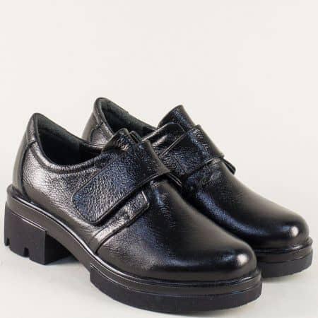 Черни дамски обувки с лепка на нисък ток и платформа 6508710ch