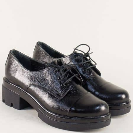 Кожени дамски обувки с връзки на нисък ток в черен цвят 6518710ch