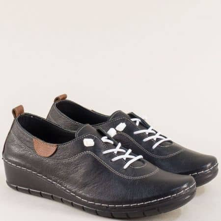 Черни дамски обувки с ластични връзки от кожа на лека платформа 65207ch