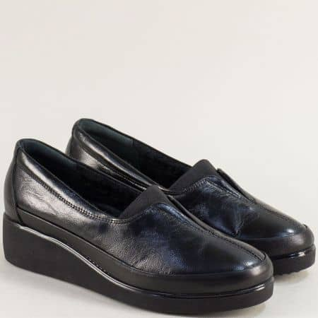 Черни дамски обувки от естествена кожа и лак на платформа 6522lch
