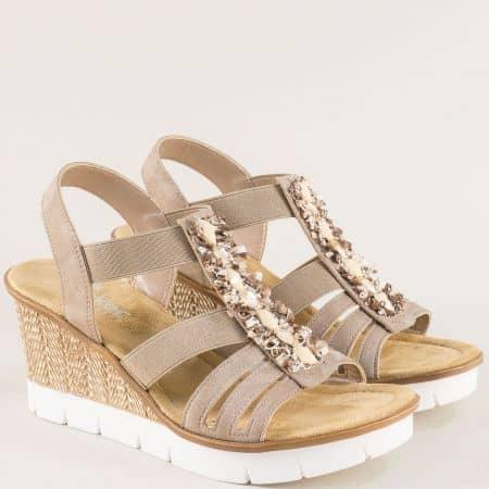 Бежови дамски сандали с ластик на клин ходило- Rieker 65596bj
