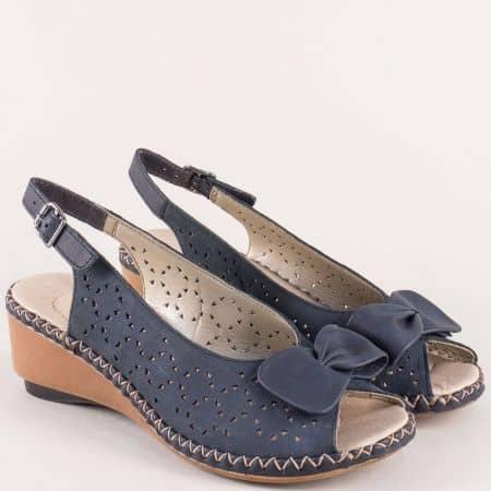 Анатомични дамски сандали с кожена стелка в син цвят 66178s