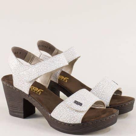 Бели дамски сандали с лепки от естествена кожа- Rieker 66754b