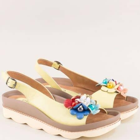 Жълти дамски сандали на платформа с кожена стелка 6823j