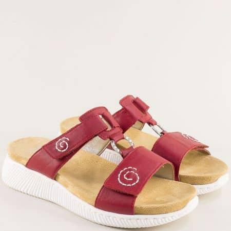 Червени дамски чехли от естествена кожа на платформа- RIEKER 68492chv