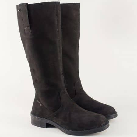 Дамски ботуши в черно от естествен велур на нисък ток 700699ch