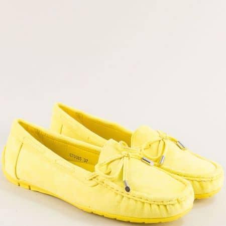 Комфортни дамски обувки  от изкуствен велур жълт цвят 70085vj