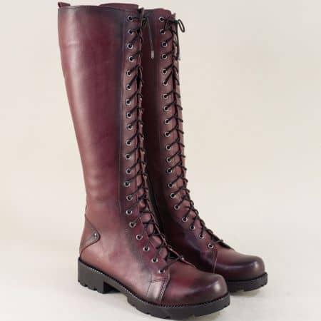 Дамски ботуши в цвят бордо с връзки, цип и грайфер 7011574bd