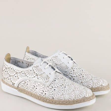 Перфорирани  дамски обувки от бяла естествена кожа 70241134b
