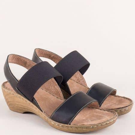 Дамски сандали на среден ток от черна естествена кожа 7102010ch