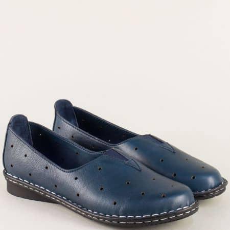 Равни дамски обувки с перфорация в тъмно син цвят 710s