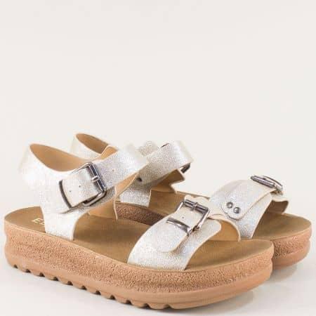 Златисти дамски сандали на платформа Елиза 7136zl
