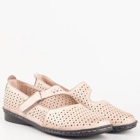 Кафяви дамски обувки за всеки ден с коланче с лепка от естествена кожа 730k
