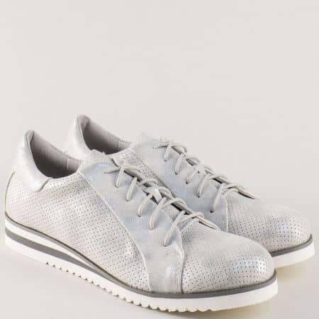 Сребристи дамски обувки с връзки и перфорация 7311-40sr