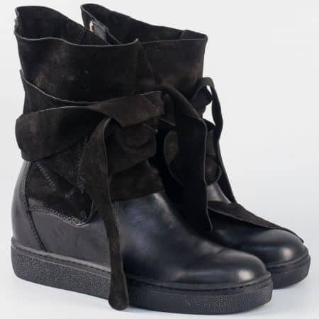 Дамски шити кецове на скрита платформа- Navvi от естествена кожа и велур в черен цвят 7411vch