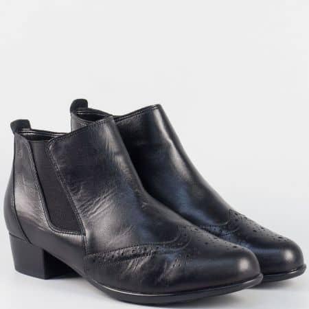 Черни дамски боти от естествена кожа на комфортно ходило с нисък ток 7491ch