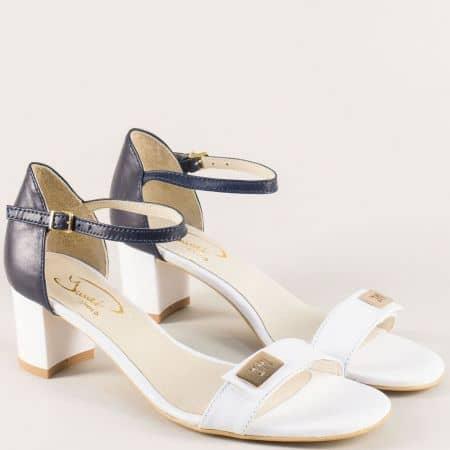 Кожени дамски сандали със затворена пета в бяло и синьо на среден ток 7550bs