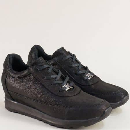 Спортни дамски обувки на скрита платформа в черно 7610sch